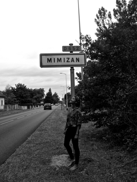 How far to Mimizan?